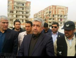 بازدید وزیر نیرو از مناطق زلزله زده استان کرمانشاه