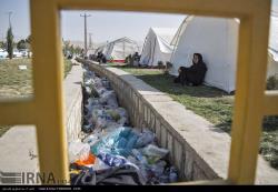 زندگی مردم مناطق زلزله زده پس از پنج روز از وقوع زلزله