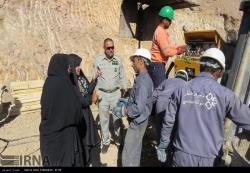 بازدید معاون هماهنگی امور اقتصادی و توسعه منابع استانداری از معدن طلای خوسف